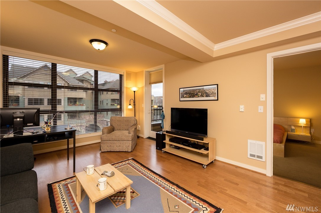 4116 california ave sw 313 seattle wa 98116 mls for 1015 third ave 12th floor seattle wa 98104