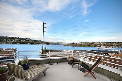 7731 7 Modern Eastlake Condo with Fireworks Views