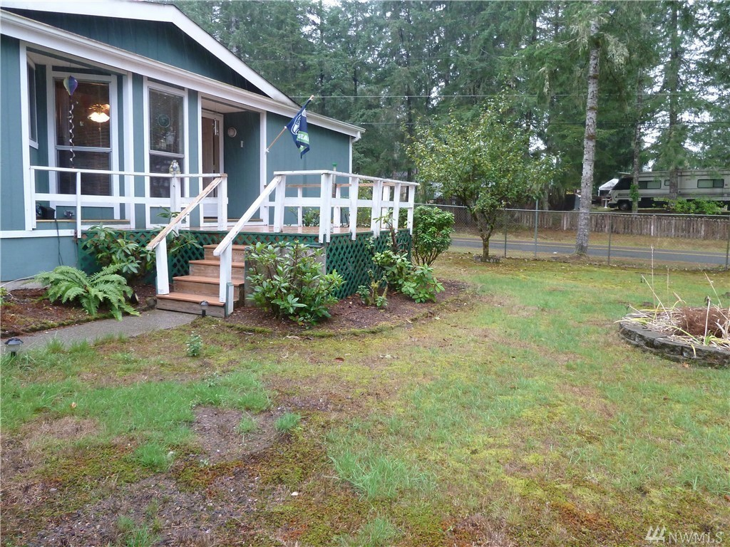 mobile home for sale in kent wa with 16739518 on 207555 furthermore Rockingham likewise Bargain 123 Creations C729bwbc Stripes besides FrontWorkingsAction also 232180.