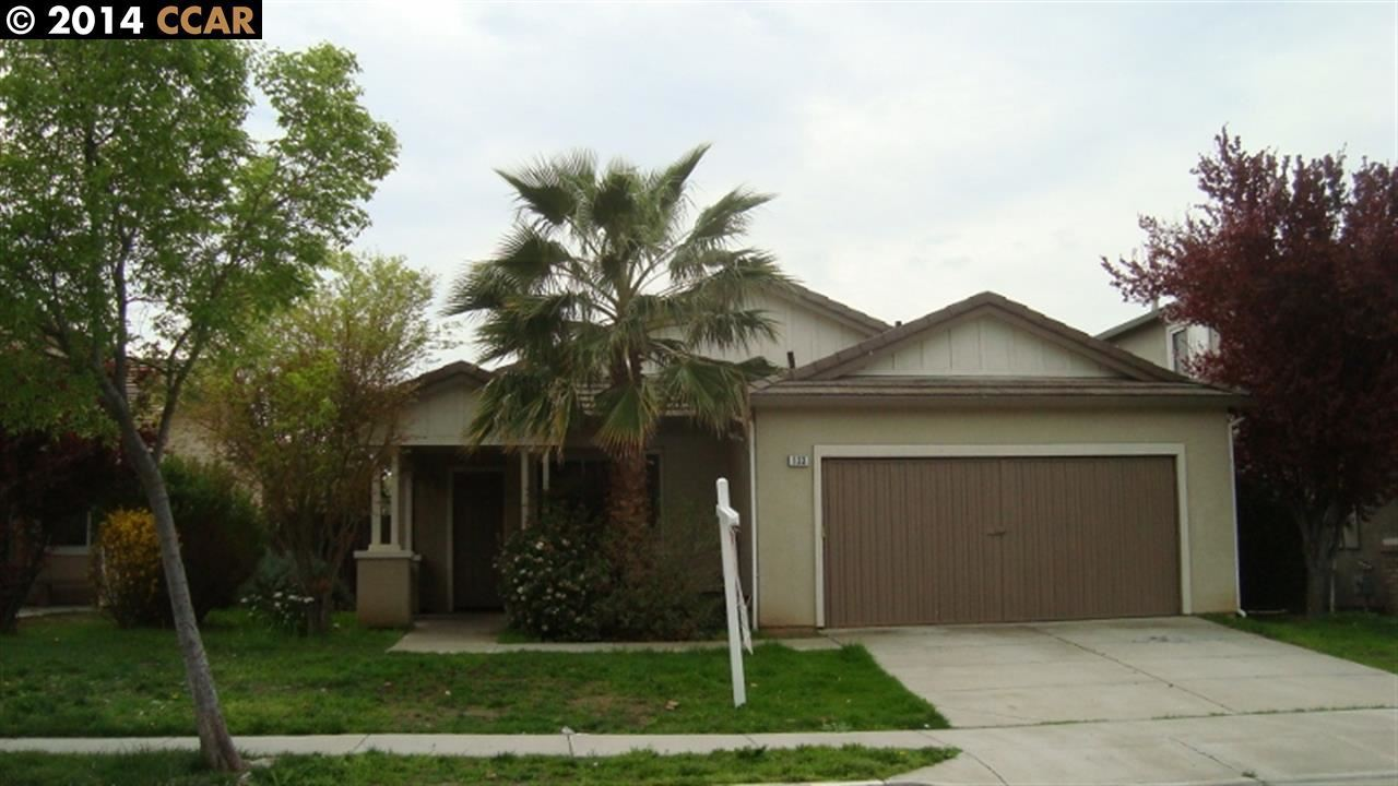 133 w 7th st pittsburg ca 94565 mls 40630257 redfin for Kitchen cabinets 94565