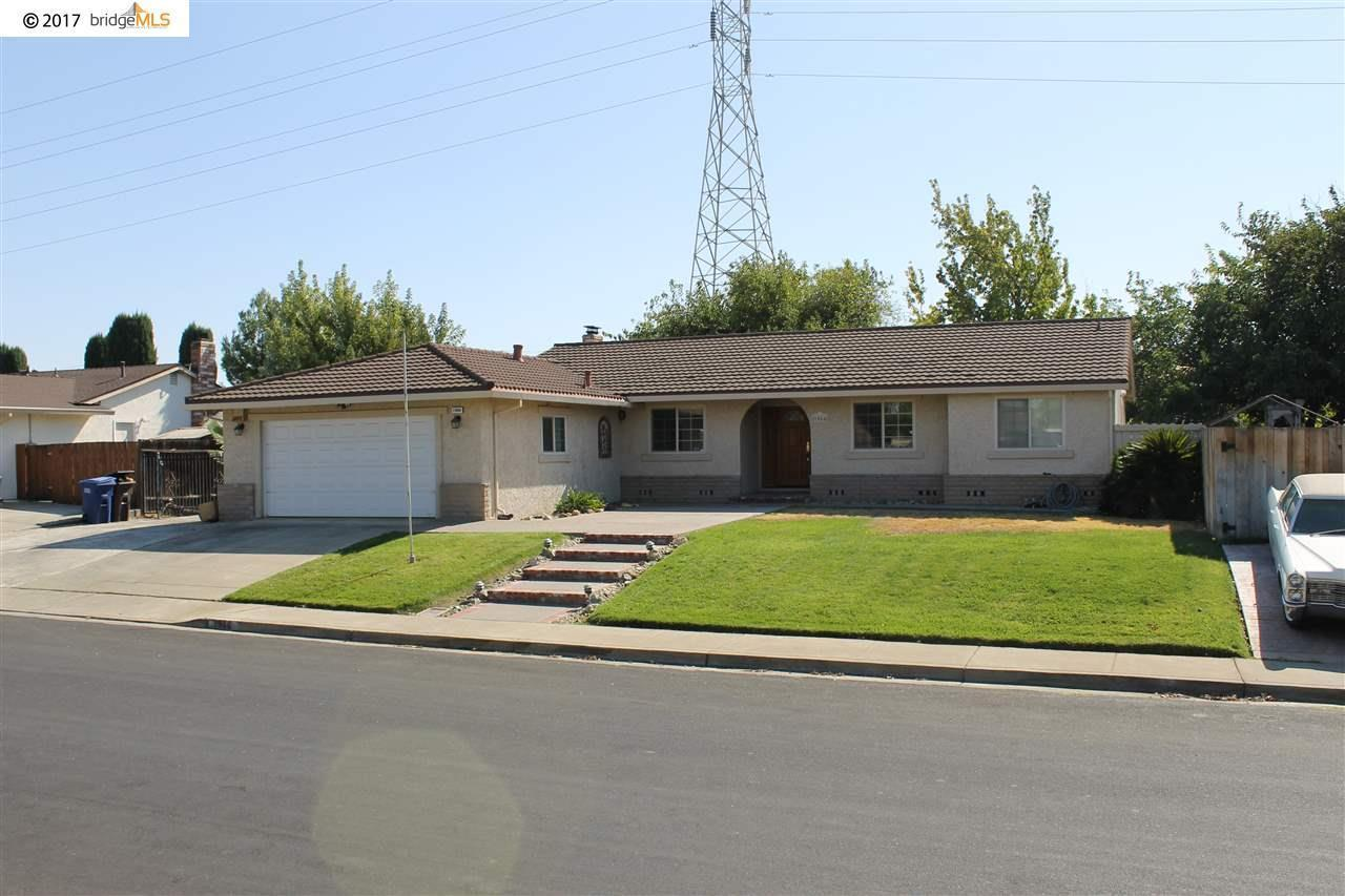 1966 heatherwood dr pittsburg ca 94565 mls 40800462 for Kitchen cabinets 94565