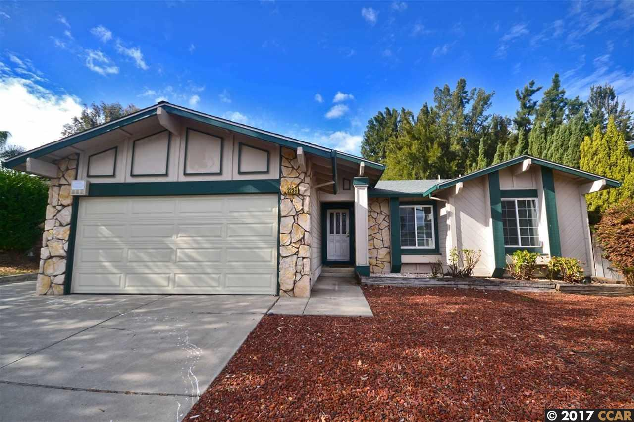2236 concord dr pittsburg ca 94565 mls 40800875 redfin for Kitchen cabinets 94565