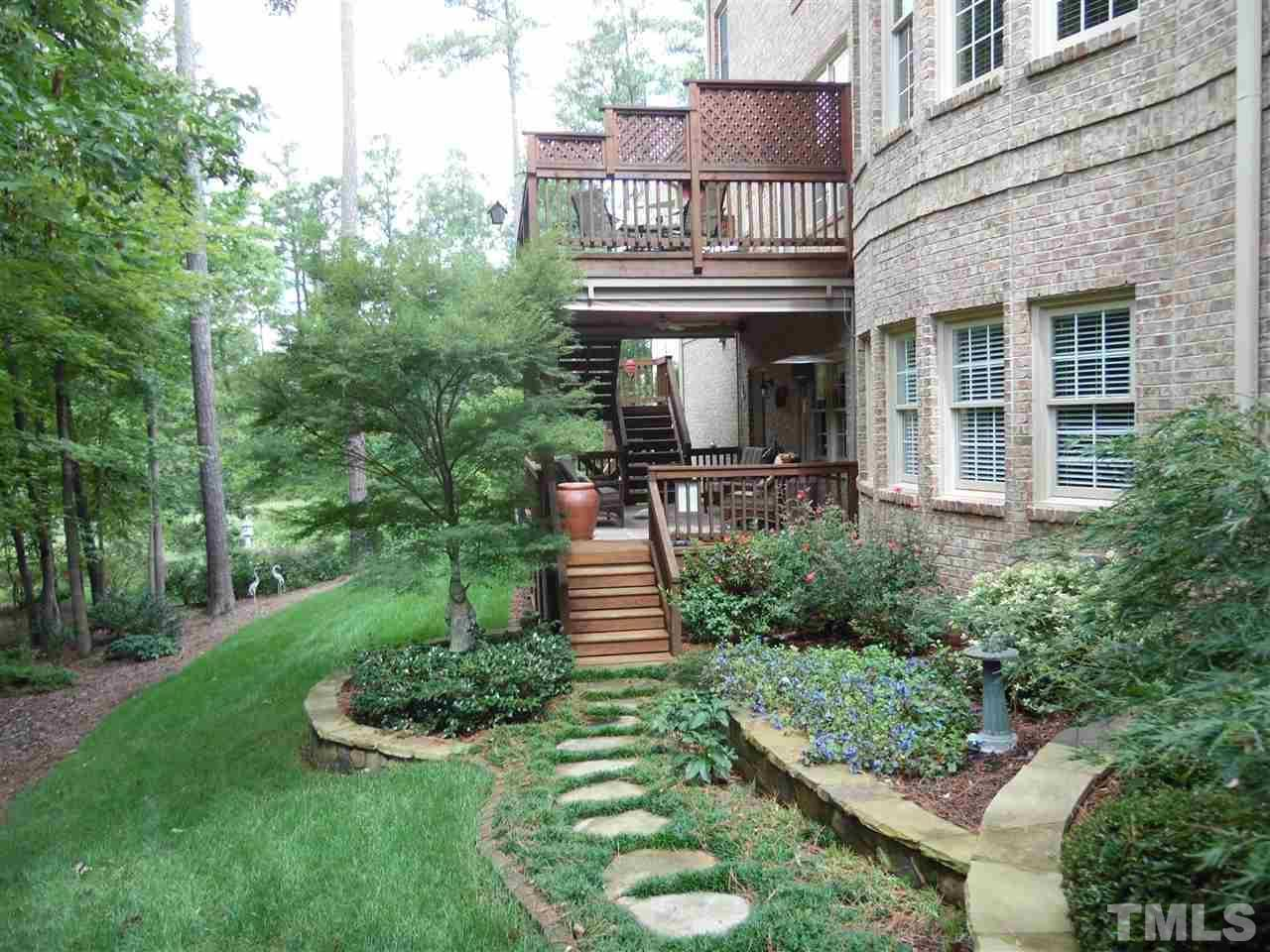 2121 crigan bluff dr cary nc 27513 8352 mls 2054354 redfin