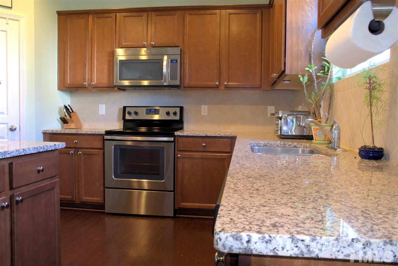 Appliances Raleigh 8137 Hovingham Way Raleigh Nc 27616 Mls 2090462 Redfin