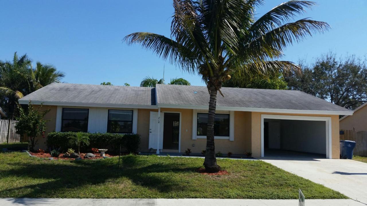218 Cordoba Cir Royal Palm Beach Fl 33411 Mls Rx 10109519 Redfin