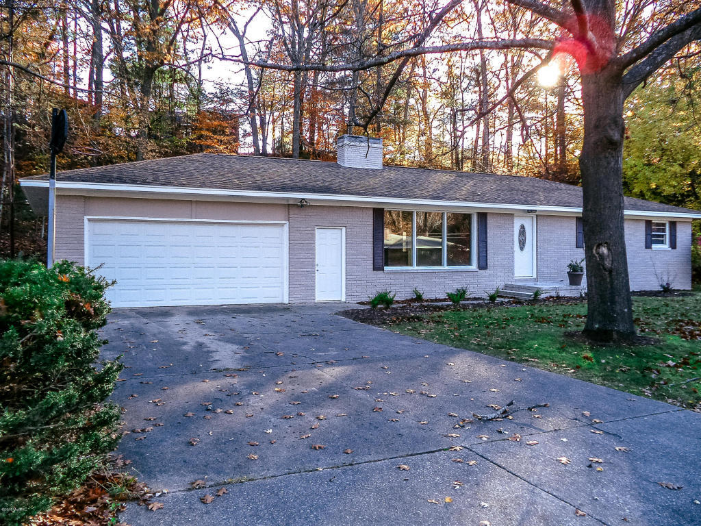 1915 ritter hills dr muskegon mi 49441 mls 16056544 for Norton ranch homes
