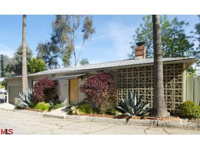 3922 FREDONIA Dr, Los Angeles, CA 90068