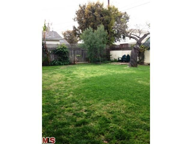 12033 ANETA St, Culver City, CA 90230 | MLS# 13-658635 | Redfinaneta city