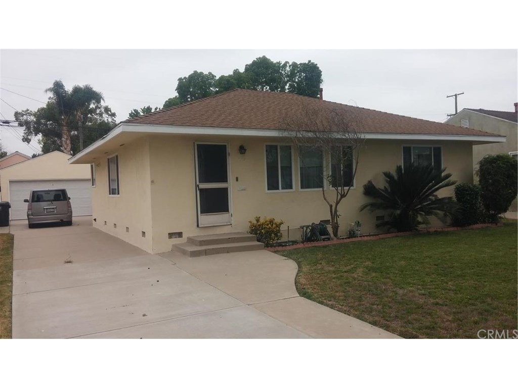4149 gaviota ave long beach ca 90807 mls pw16171053 for Kitchen cabinets 90808