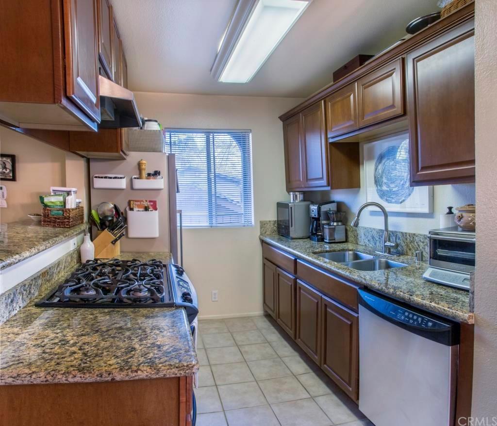 Country Kitchen Willard Ohio 1200 Ohio Ave 1 Long Beach Ca 90804 Mls Pw16033557 Redfin