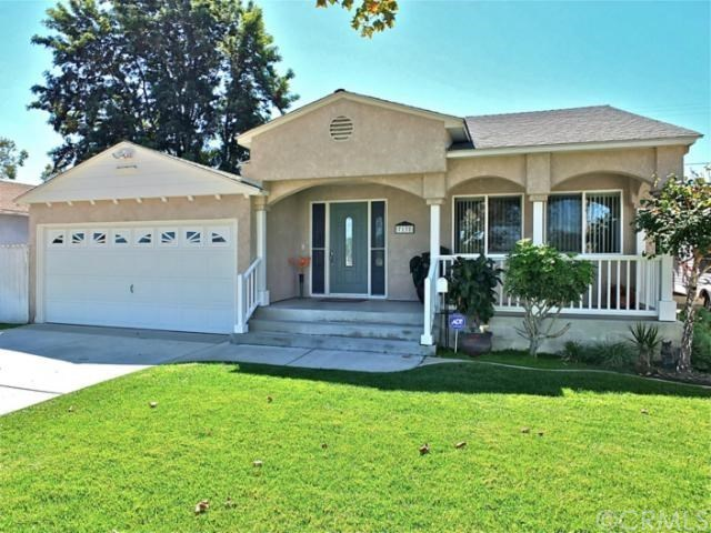 7132 e parkcrest st long beach ca 90808 mls for Kitchen cabinets 90808