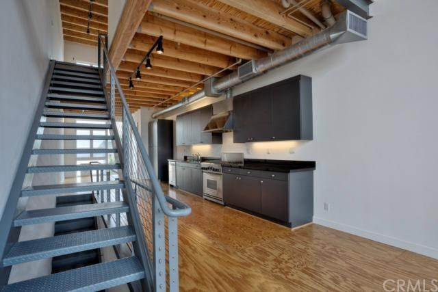 Cool 107 E City Place Dr Santa Ana Ca 92705 Mls Oc15086910 Redfin Largest Home Design Picture Inspirations Pitcheantrous