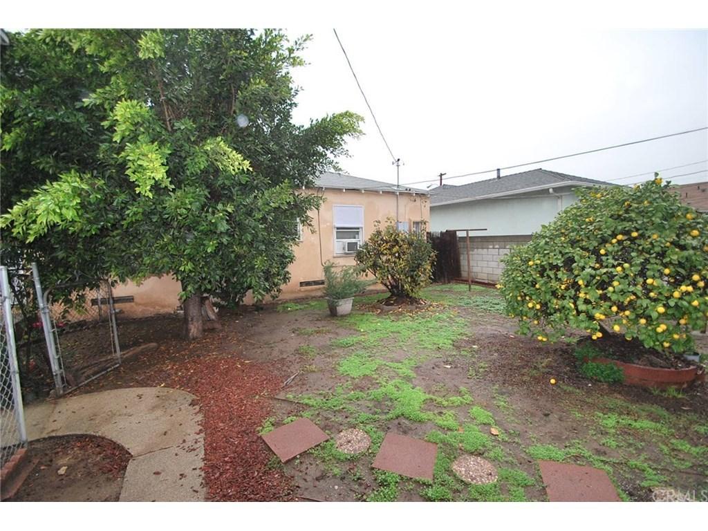 2354 Roscommon Ave Monterey Park CA 91754