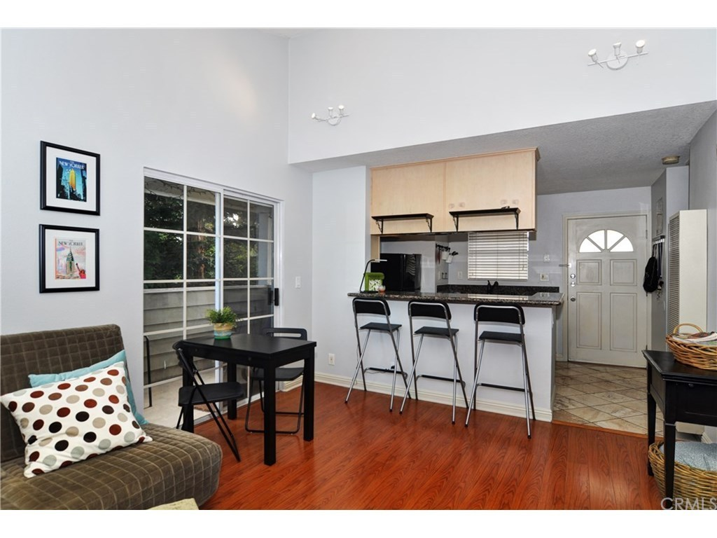 1201 belmont ave 301 long beach ca 90804 mls for Kitchen cabinets 90808