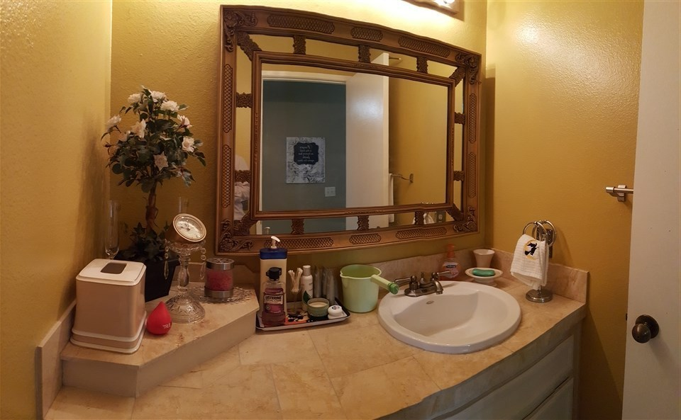 0San Diego Bathroom Design Impressive 2261 Manzana Way San Diego Ca 92139  Mls# 160027854  Redfin Decorating Design