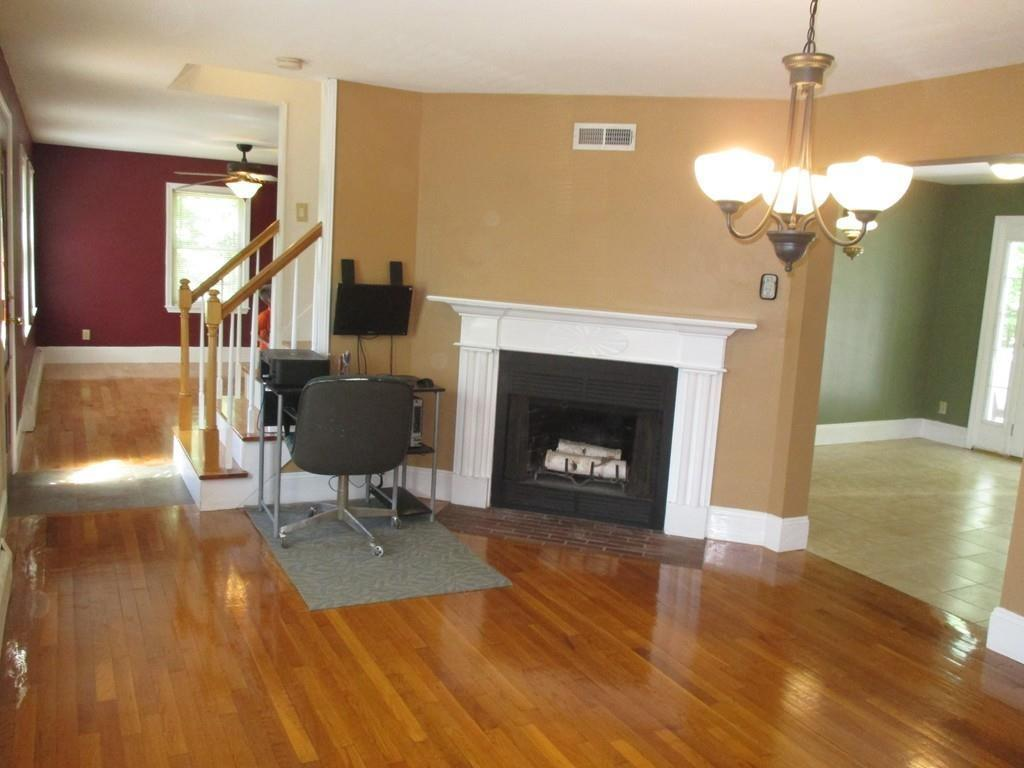 24 stover ct amesbury ma 01913 mls 72169472 redfin