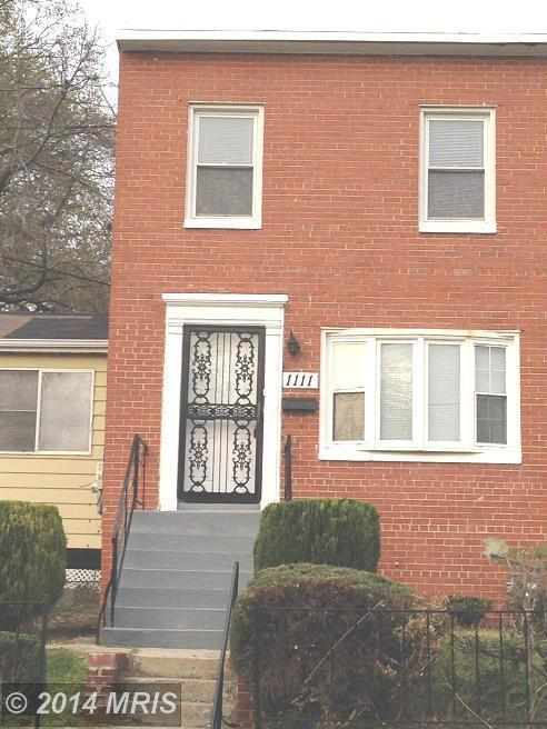 capitol heights chatrooms A burglary victim's home security cameras captured two dc officers who  responded to the house speculating about the homeowner's sexuality.