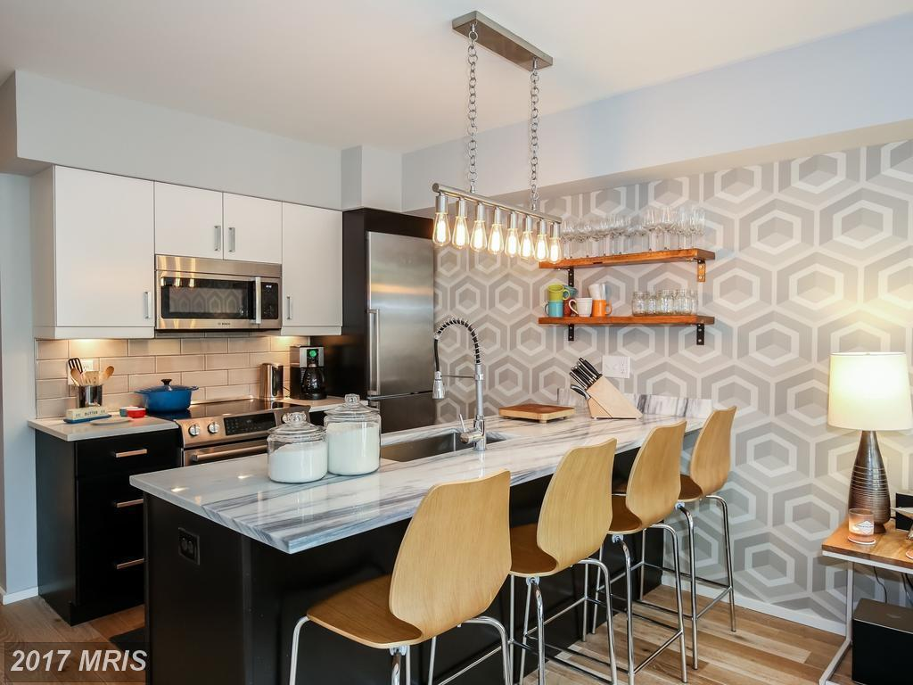 Two bedroom columbia heights unit with programmable heated bathroom - Two Bedroom Columbia Heights Unit With Programmable Heated Bathroom 13