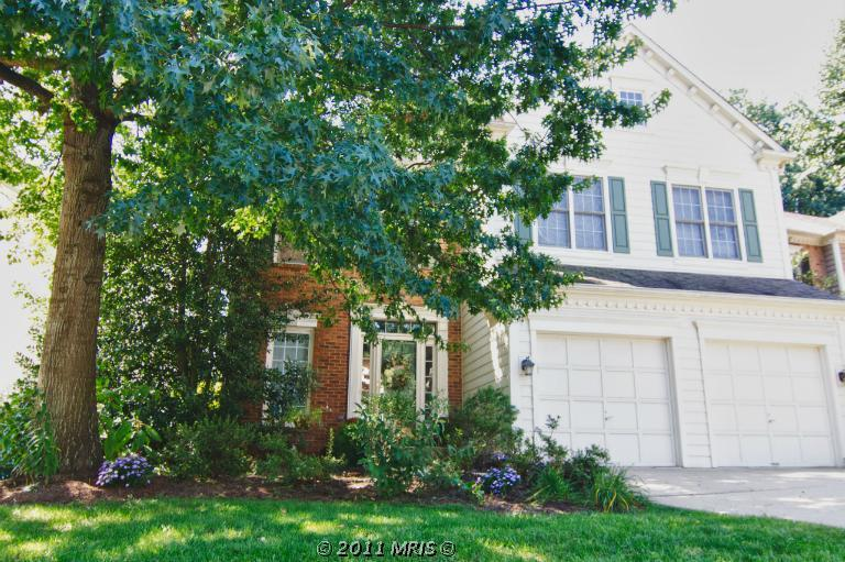 11915 PARKSIDE Dr, FAIRFAX, VA 22033