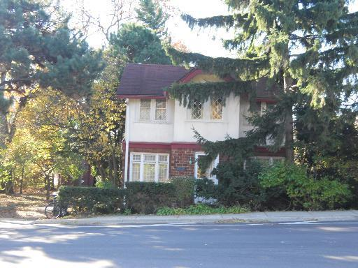 A $225K two-bedroom in Winnetka with an unstable foundation
