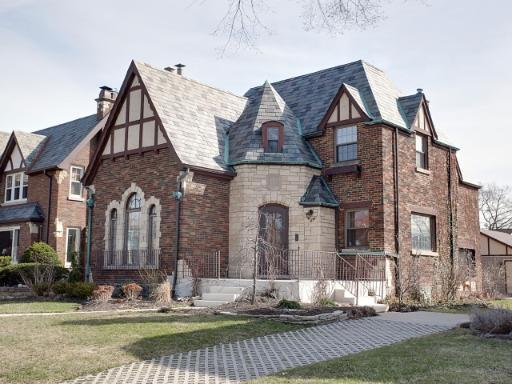Two Tudors come to market in Oak Park