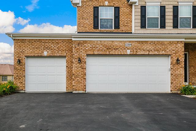 12x12 garage door13209 Wildwood Pl PLAINFIELD IL 60585  MLS 09662312  Redfin