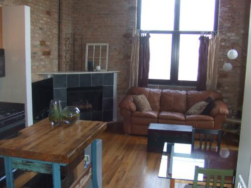 $99K for a Blue Moon Loft in Fulton Market
