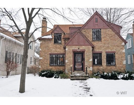 Flurry of interest results in sale of Evanston home