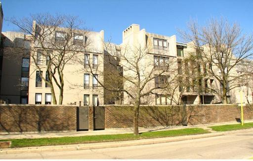 Are Winnetka condos a screaming deal for a small family?