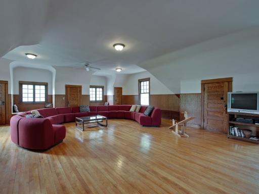 Third-floor ballroom, 701 S Elmwood, Oak Park, IL