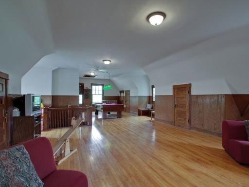 Third-floor ballroom, Seward Gunderson House, Oak Park, IL