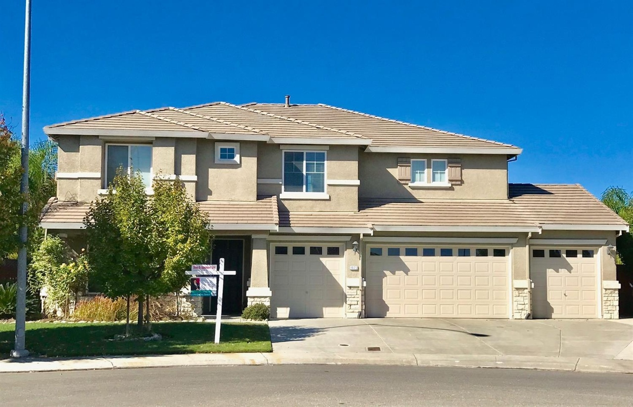 1625 Bennington Ct, Stockton, CA 95209 | MLS# 17067052 ...
