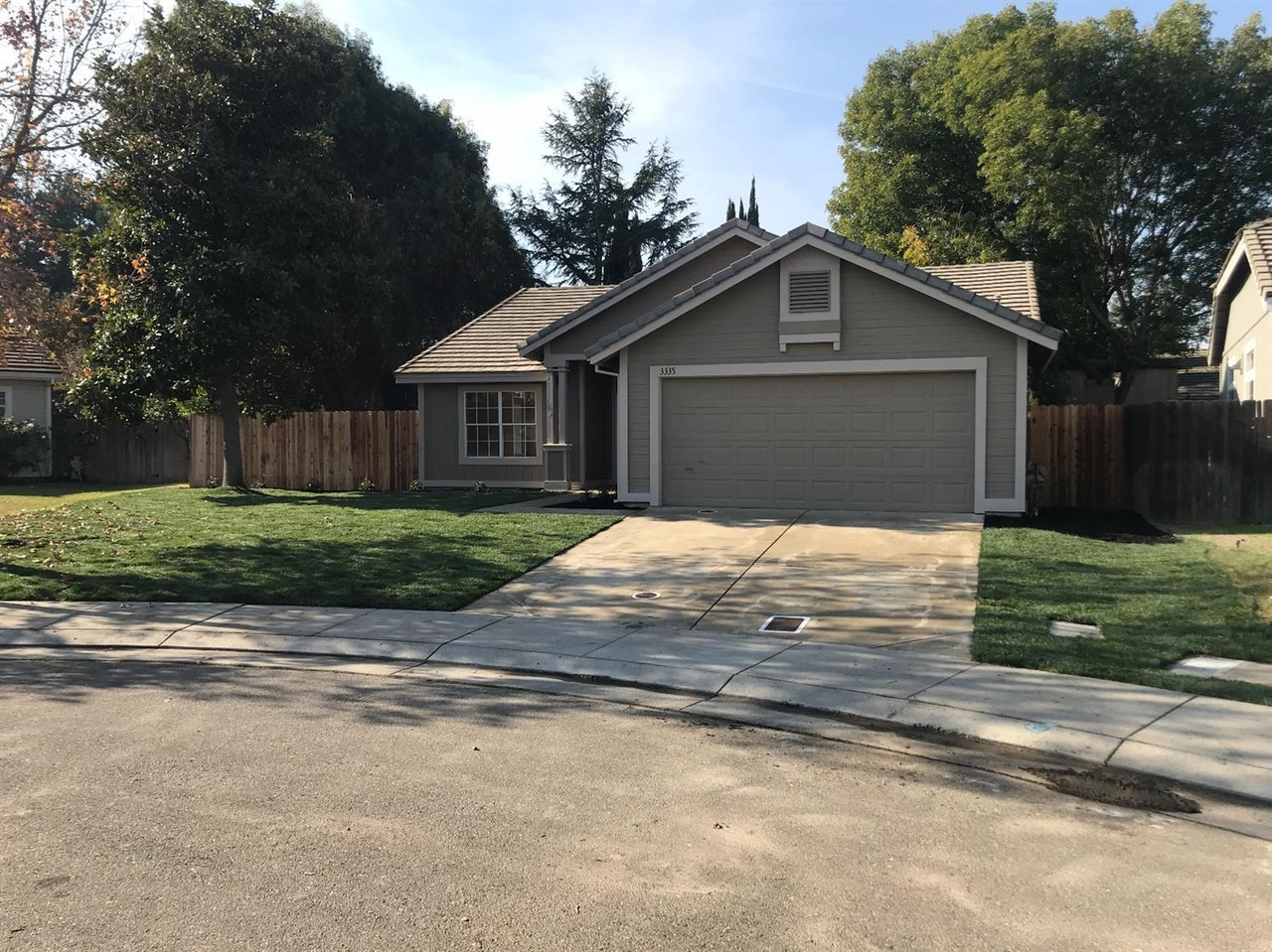 3335 Hat Ct Stockton Ca 95206 Mls 17075127 Redfin