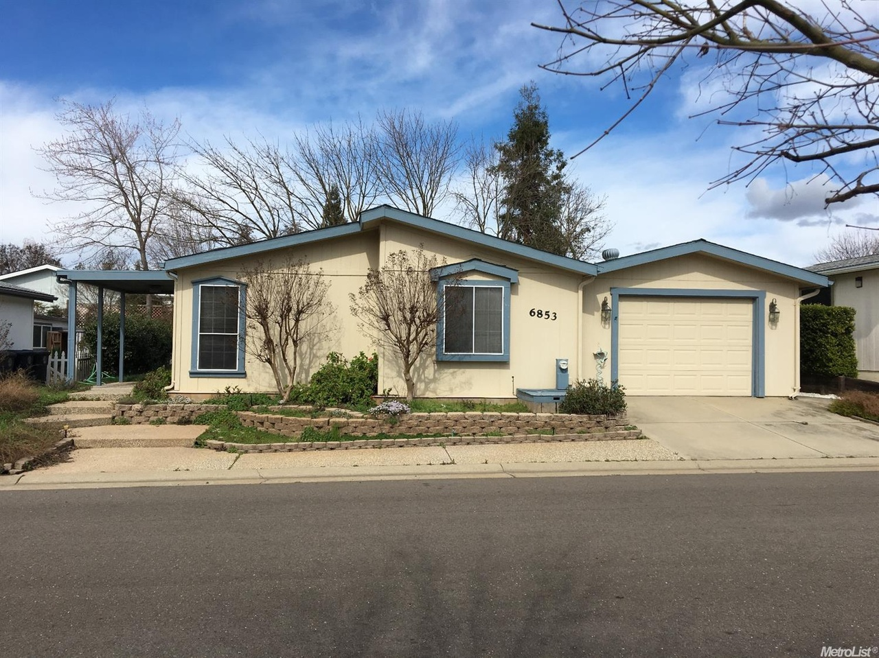mobile homes for sale in citrus heights ca with 19093717 on 19014330 in addition 2010 Kingsport Lite By Gulstearm 19ft Travel Trailer Dry Weight 2800 7900 26072765 also 19218014 together with 97001991 Airstream 190 Class B Motorhome Very Low Miles Obo  19522888 together with 19203089.