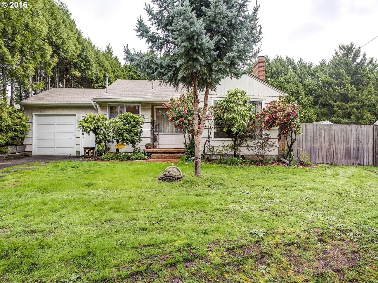 2404 SE 71st Ave, Portland, OR 97206 | MLS# 16263361 | Redfin