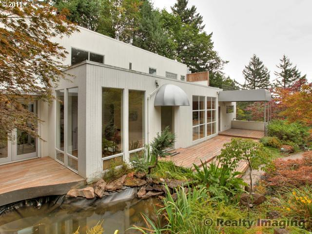 11308846 4 Sold: Contemporary 3bd in Terwilliger Heights